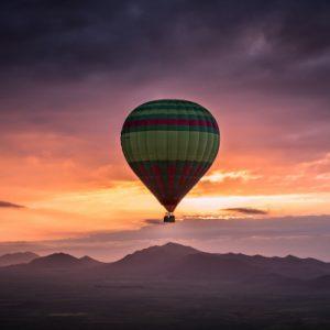 Vol en montgolfière au-dessus des montagnes de l'Atlas