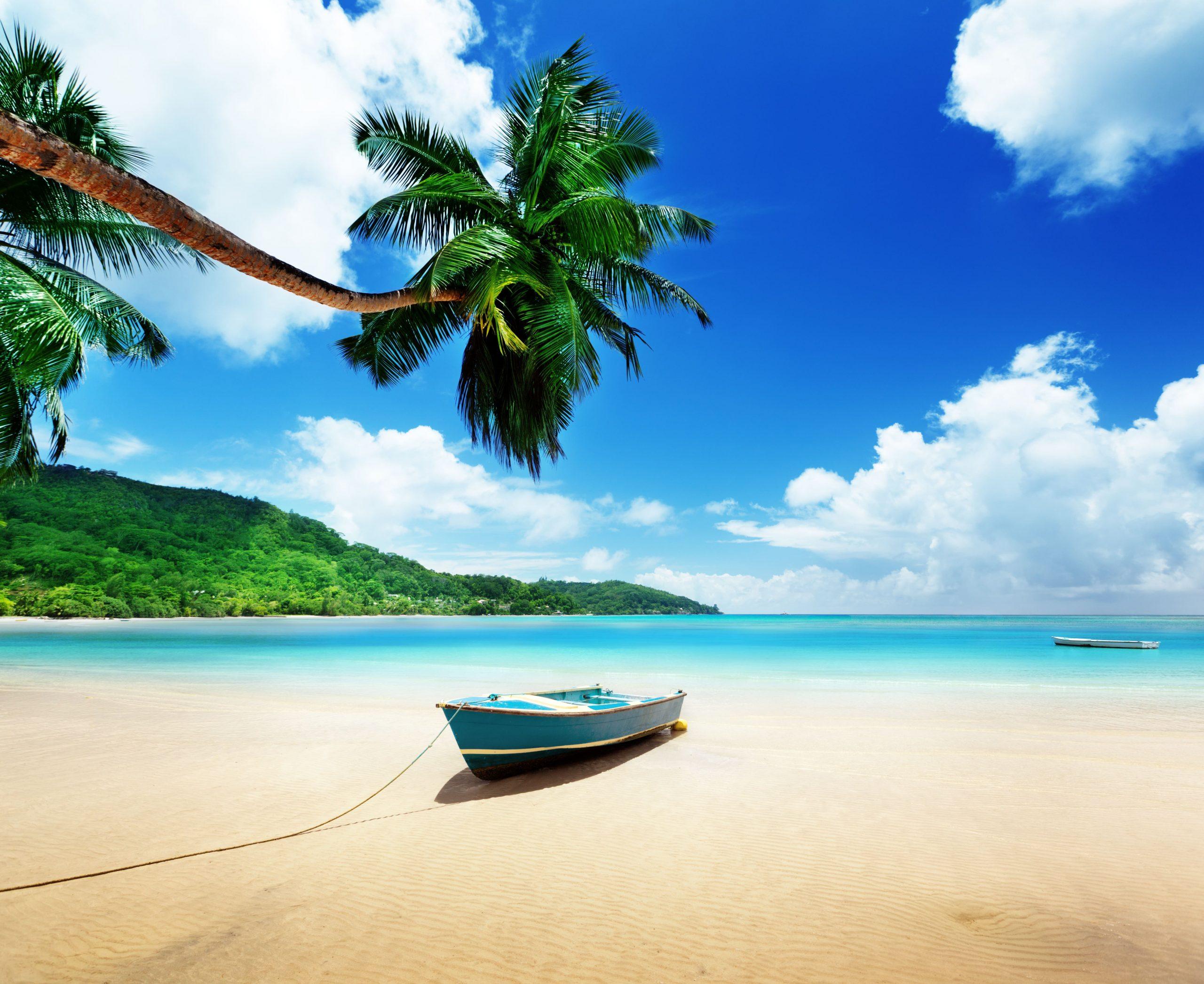 plage de sable blanc seychelles
