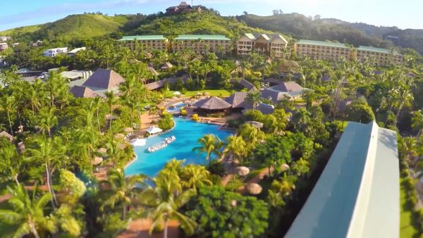 Une participation pour une nuit à l'hôtel Outrigger Fidji Beach Resort