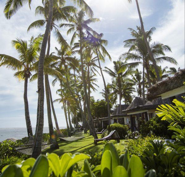 outrigger-fiji-beach-resort-bures1