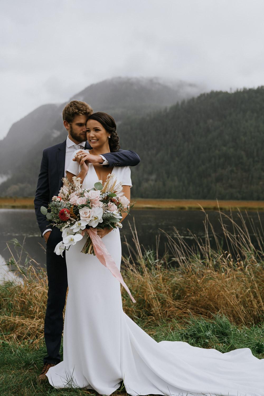mariage dans les montagnes à l'étranger
