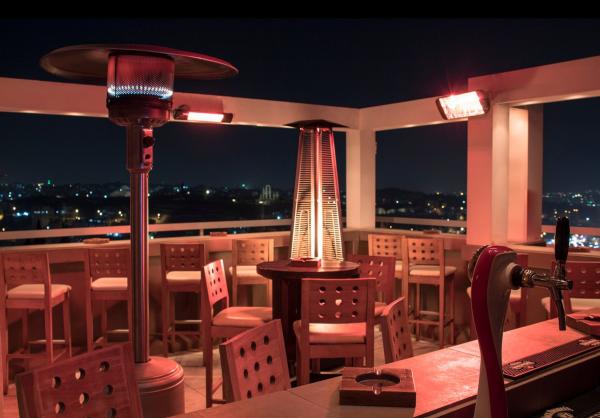 Un dîner nocturne local à Amman