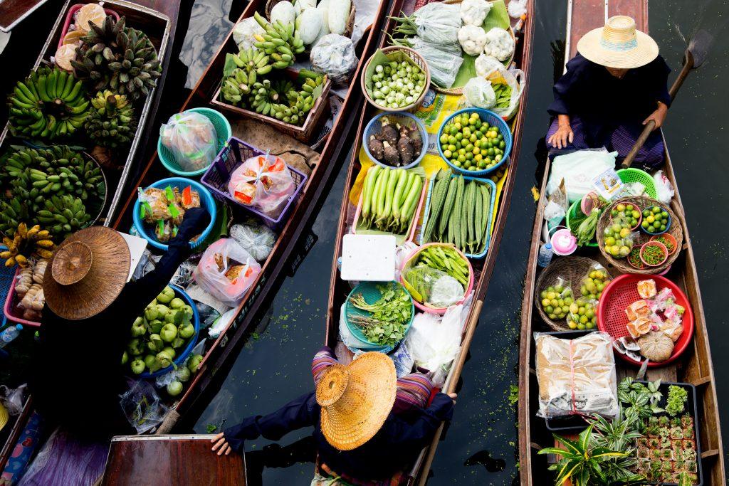 Tha Kha floating Market in Samut Songkhram province, Thailand