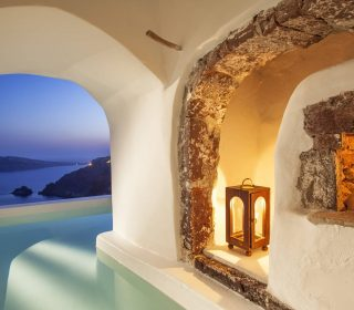 Canaves-Oia-Suites-River-Pool-Suite5