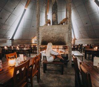 restaurant- arctic snowhotel & glass igloos